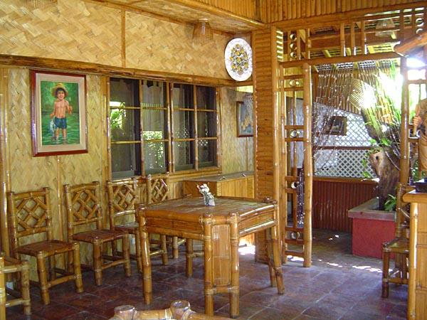 Restaurants & Küche | White Castle Resort & Hotel Balibago ...